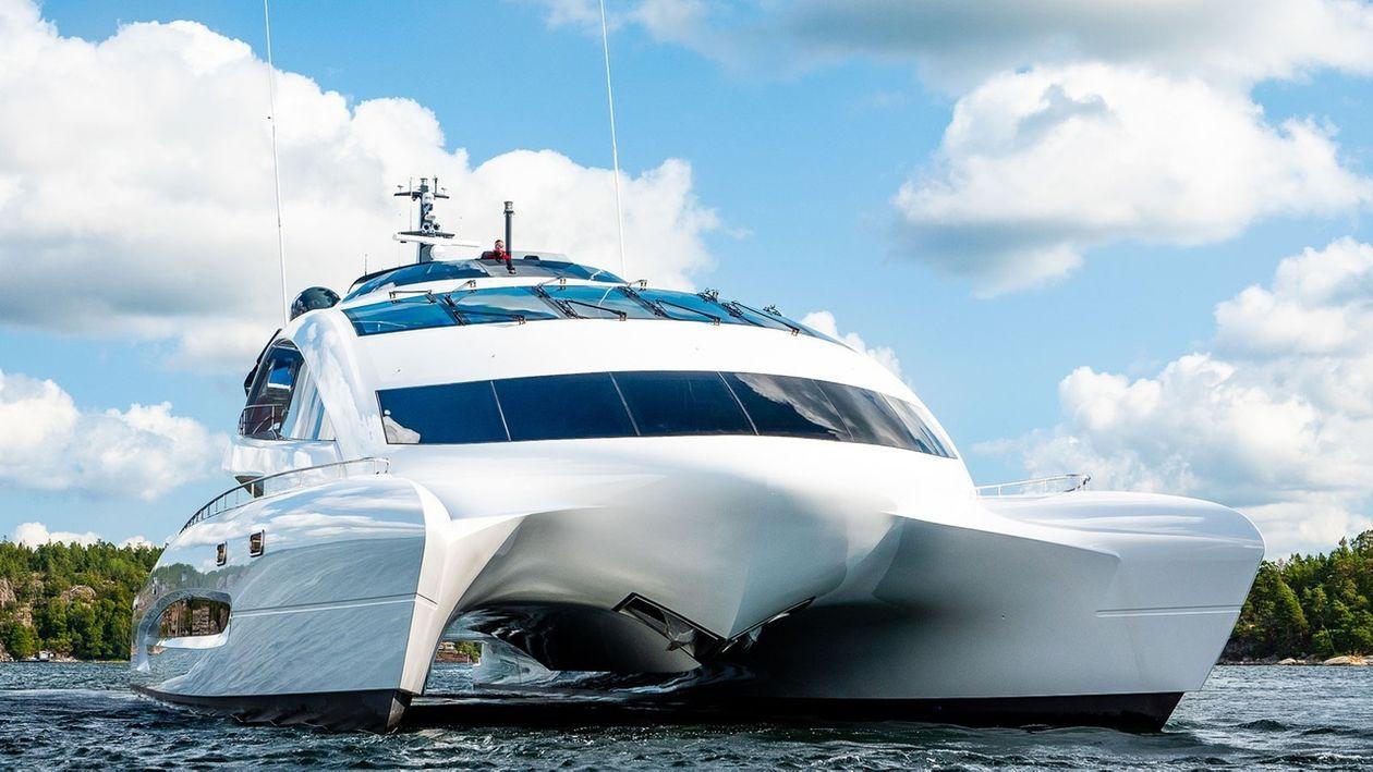 保時捷設計的超級遊艇皇家獵鷹一號