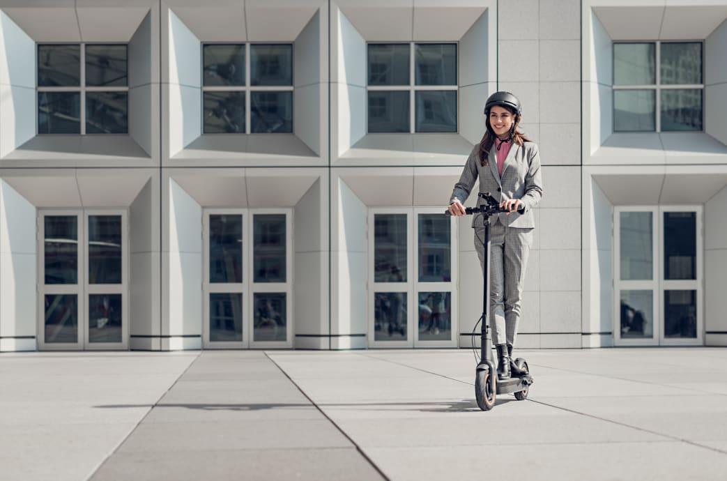 Ninebot MAX:賽格威的終極電動滑板車