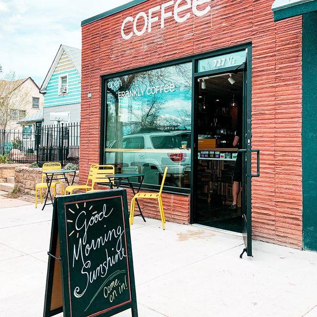 坦率地說,咖啡在科羅拉多斯普林斯直截了當