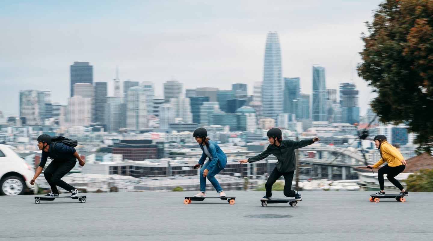 Boosted Boards 電動滑板系列