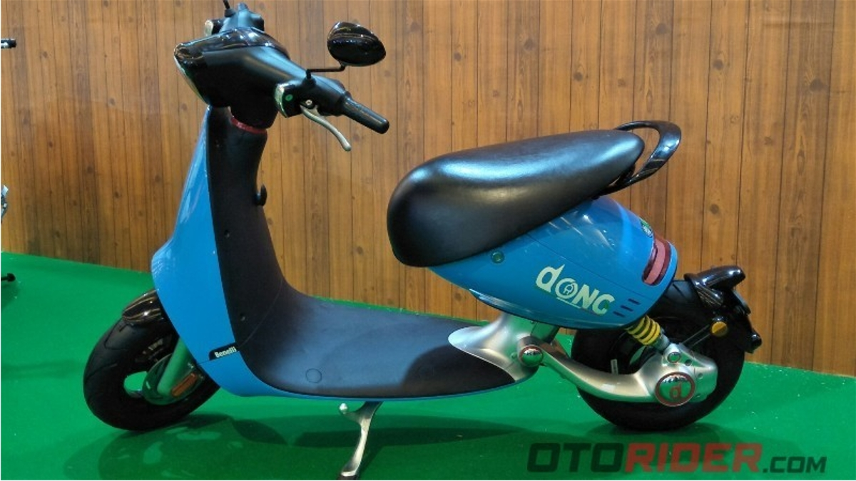 """貝內利推出名為""""Dong""""的新型坐式電動滑板車,它實際上看起來很酷"""