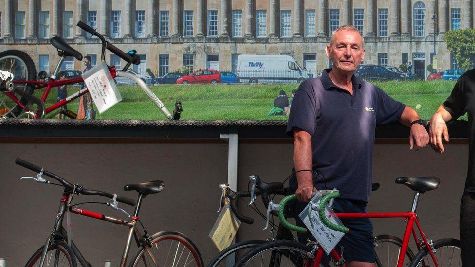 布里傑頓:巴斯慈善機構希望為該系列的粉絲租用電動自行車