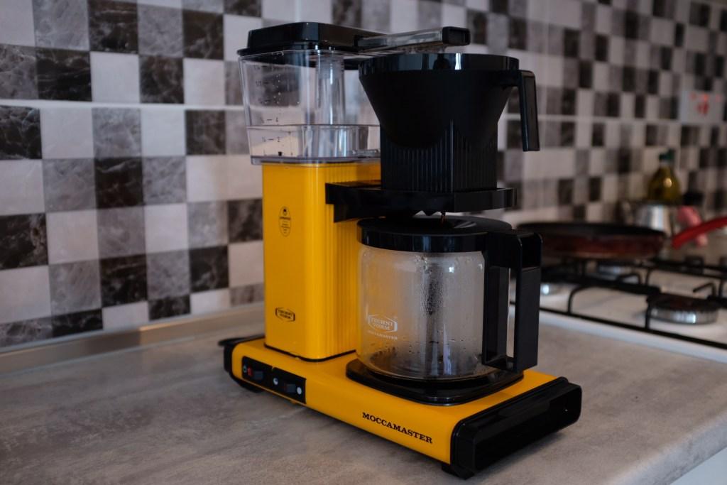 如何使用 TECHIVORM MOCCAMASTER 製作咖啡