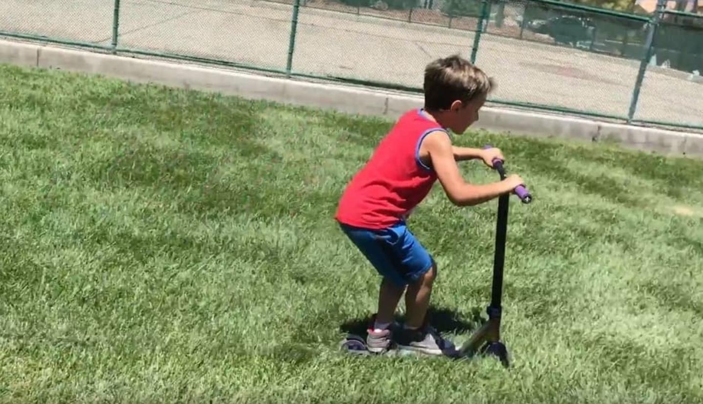 可以在草地上騎電動滑板車嗎?