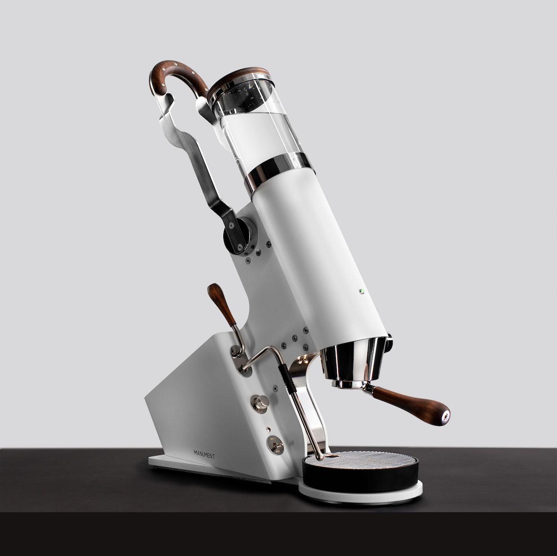 第一批 Manument Leva 濃縮咖啡機進入現場