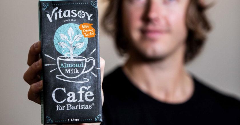 維他奶為咖啡師杏仁奶配方推出全新奶油咖啡廳